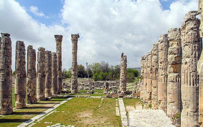 Развалины храма Зевса под Мерсином